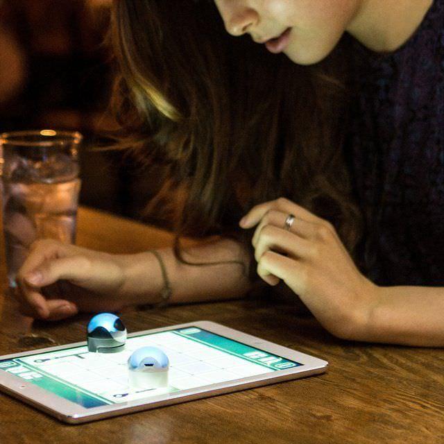 ozobot-gaming-smart-robot.jpg